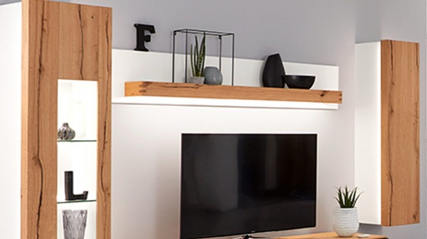 Interliving Wohnzimmer Serie 2103 - Wandregal mit Rückwand und Beleuchtung