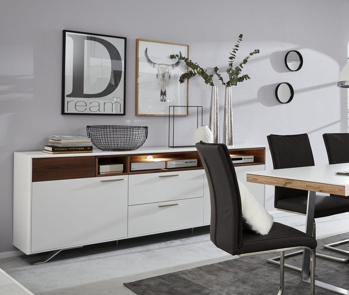 interliving wohnzimmer serie 2102 wandregal mit. Black Bedroom Furniture Sets. Home Design Ideas