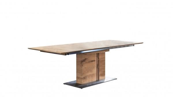 Esstisch als moderner Holztisch