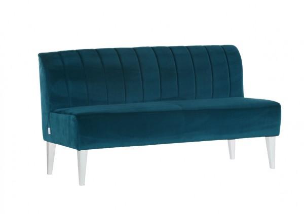 Sofa im Retro-Stil als Polstermöbel mit Flair