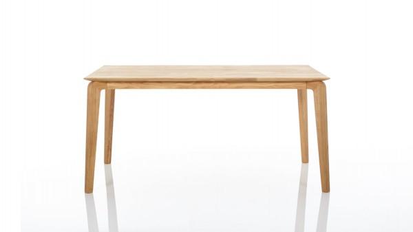 Esstisch, ein Massivholztisch für genussvolle Mahlzeiten